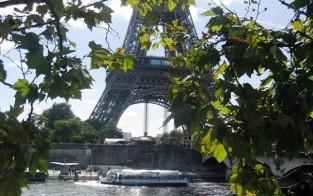 Eiffel-torni on monille Pariisin symboli.
