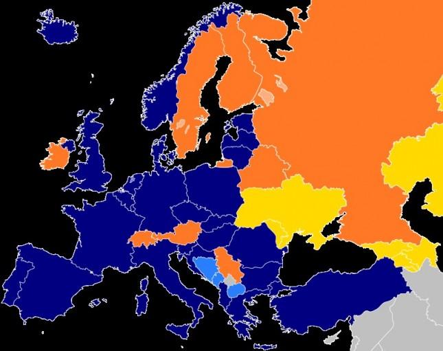 Siniset valtiot ovat Naton jäsenmaita, oranssit rauhankumppaneita ja keltaiset ovat osa yksilöllisen kumppanuuden toimintasuunitelmaa
